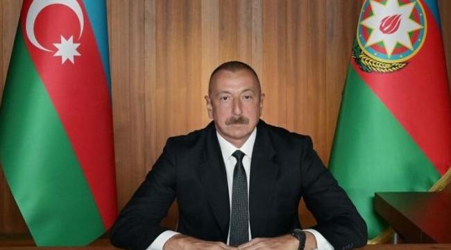 """Aliyev: """"Men Ermenistan'a dedim ki, gel teke tek döğüşek. Şimdi siçan gibi saklanir, sağa sola zeng eylir..."""""""
