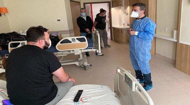 """Covid tedavisi gören sağlık çalışanları: """"illa MASKE, illa MESAFE, illa HİJYEN"""""""