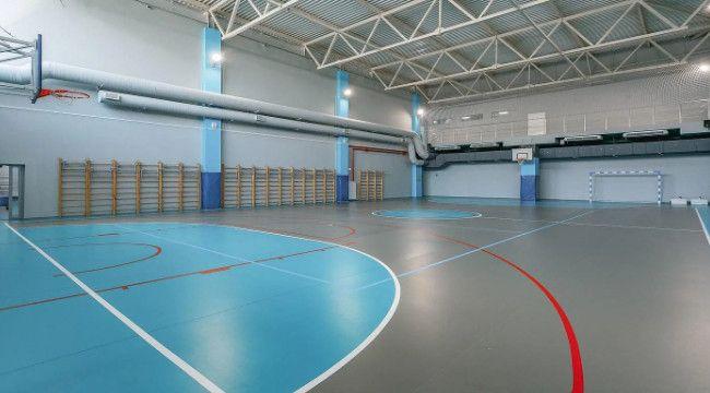 Cuma namazlarına spor salonları hazırlanıyor
