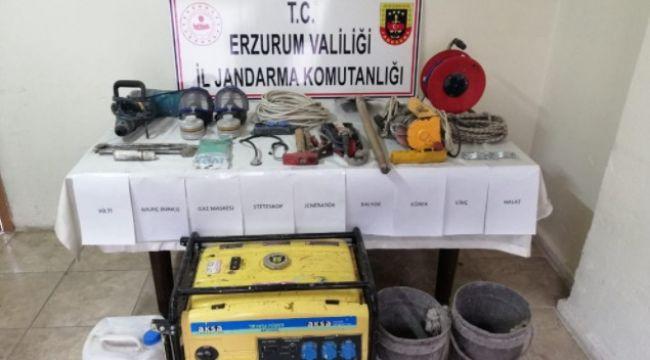 Hasankale'de kaçak kazıya suçüstü