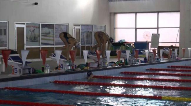 Erzurum, yüzme milli takımlarının gözdesi oldu