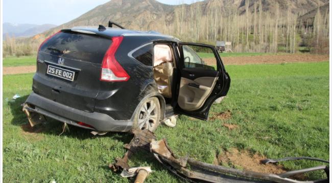 Olur Kaymakam ve Belediye Başkanını taşıyan araç şarampole yuvarlandı: 4 yaralı