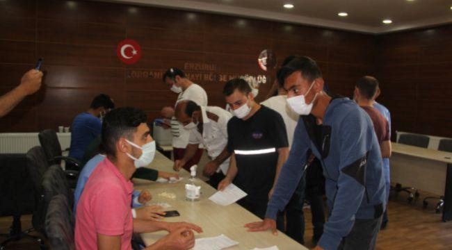 Erzurum OSM'de yerinde aşı uygulamasına başlandı